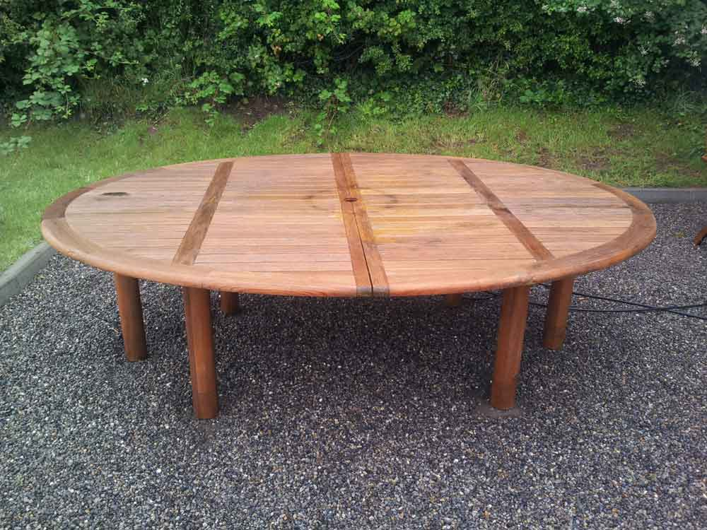 Charmant ... Restored Garden Furniture2 Restored Oval Table2. «