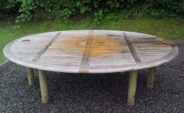Oval-table-before-treatment